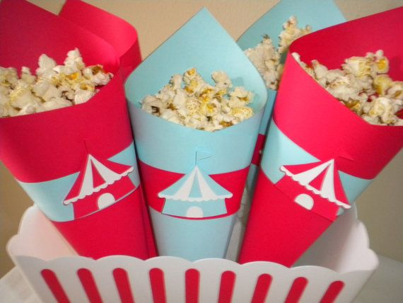 colored popcorn holders