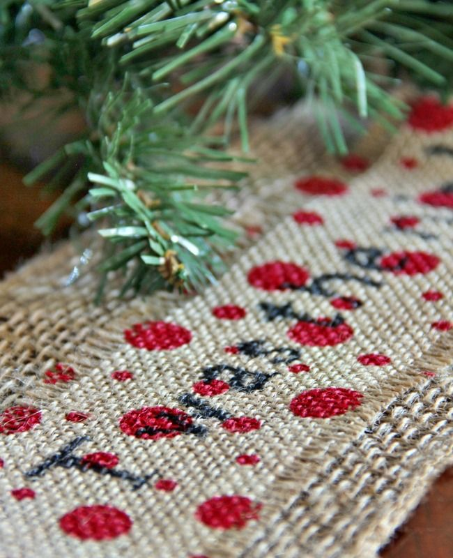 make this easy printed burlap ribbon with a sharpie and burlap print your favorite saying