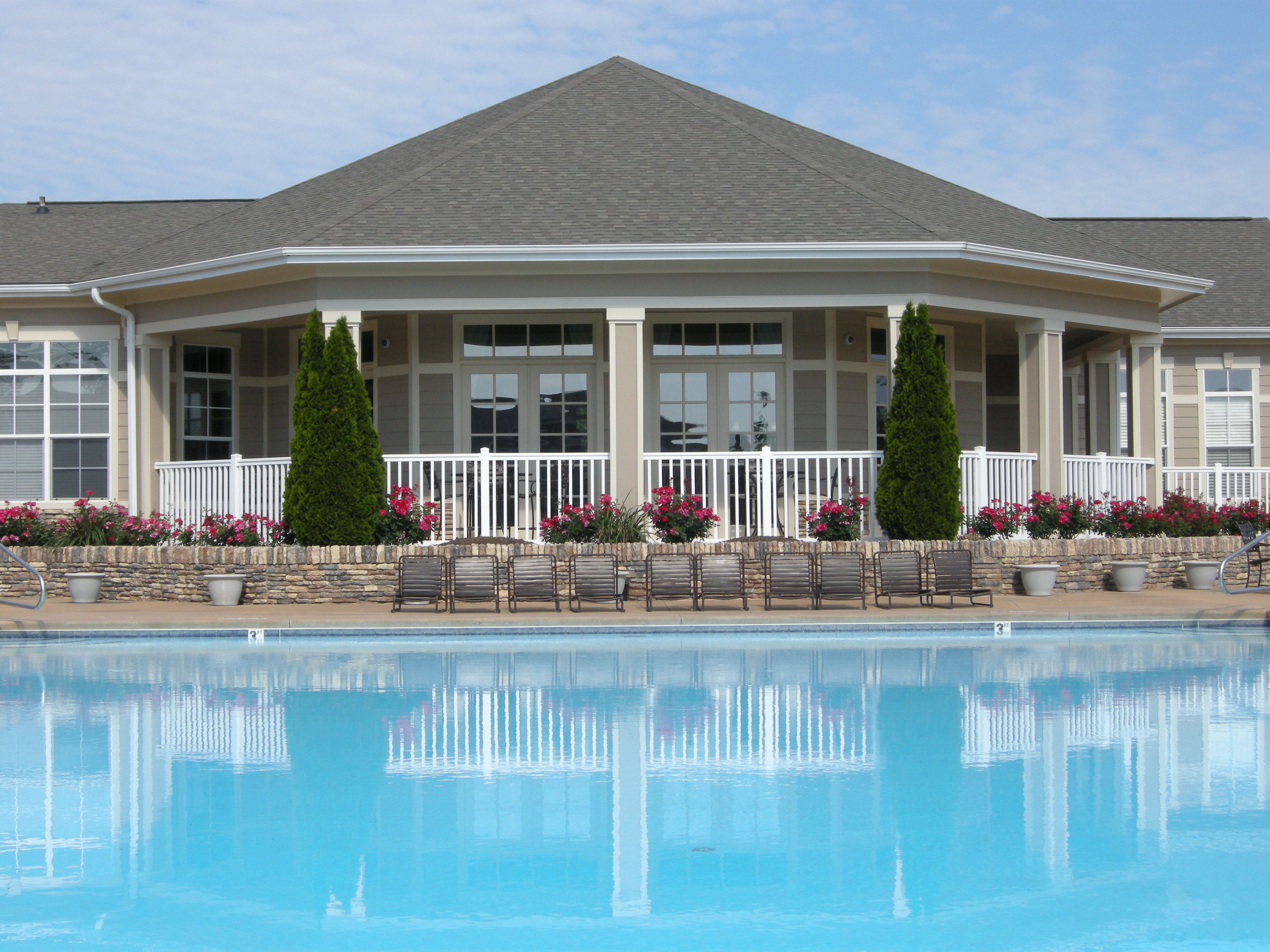 Beautiful pool view of Greystone at Widewaters Apartments in Knightdale, NC | Lincoln Property Company