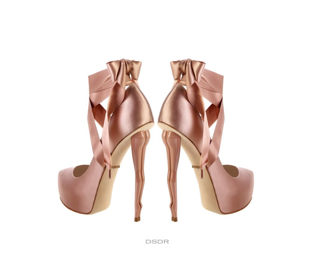 Check out the HEEL on these DUKAS pumps!