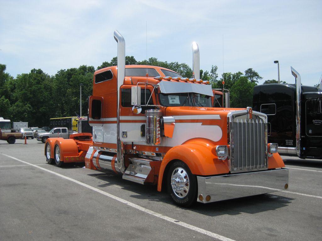 75 Chrome Shop >> 75 Chrome Shop 12th Annual Truck Show 2010 Glamorous