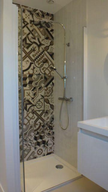 La salle de bain de Ferdinand #carreauxdeciment #kerion #douche