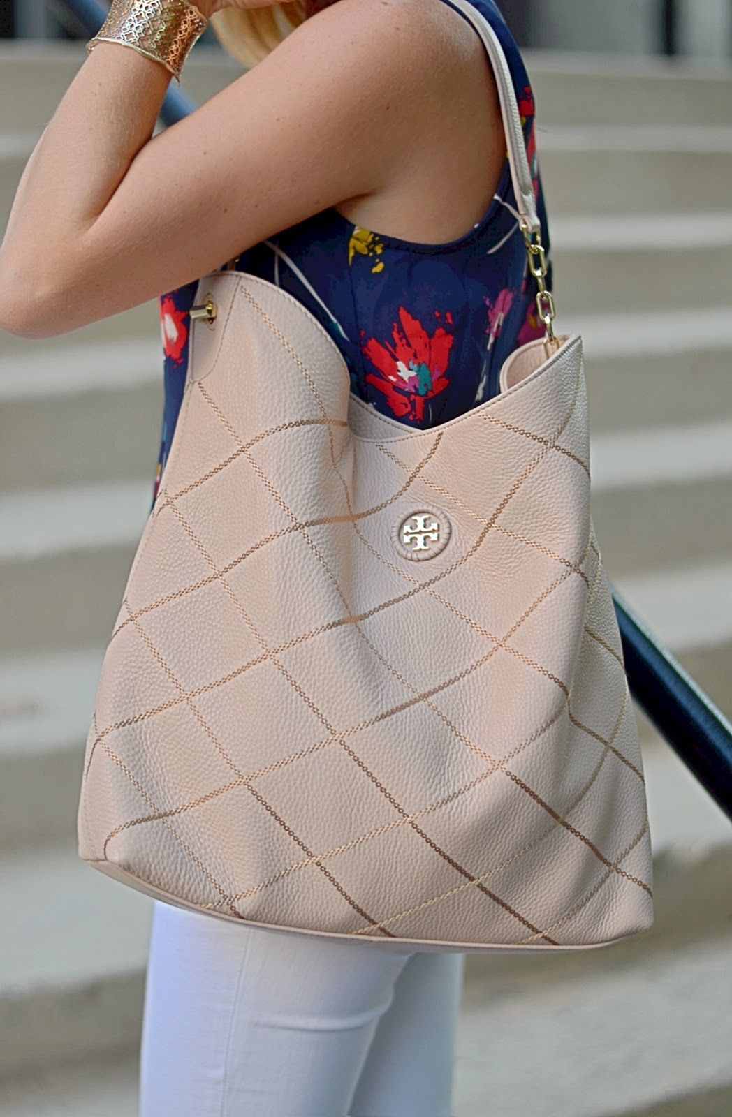e0d6ef14a9 Nordstrom Anniversary Sale - Tory Burch Diamond Stitch Hobo. It's so  beautiful!