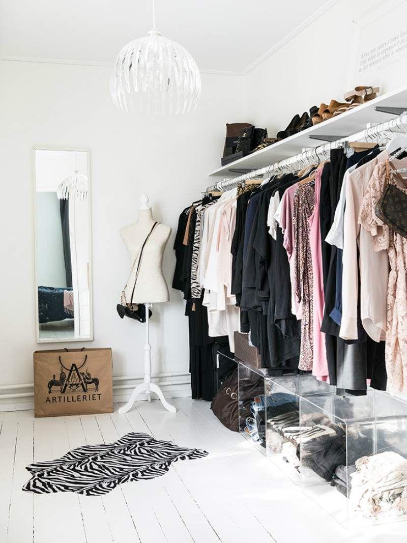 Porte v tement penderie et armoire grillag e les rangements petit espace dressing dressing - Penderie fait maison ...