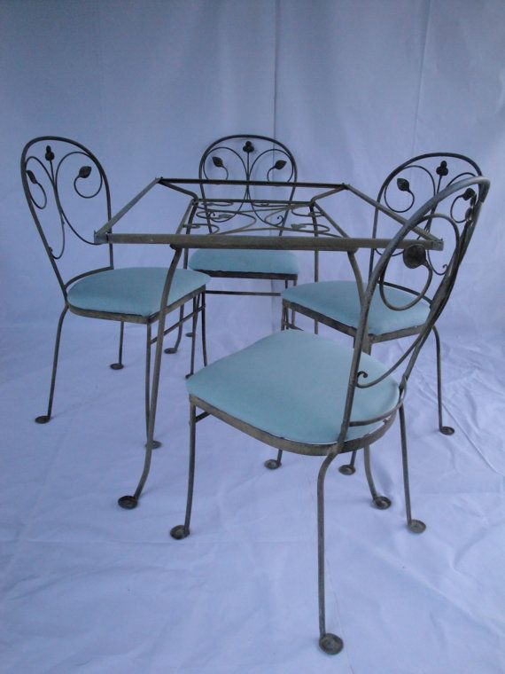 Salterini Wrought Iron Dining Set In The Laurel Leaf Pattern
