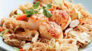Masterchef Christine Ha Stir-Fry noodles with seared scallops