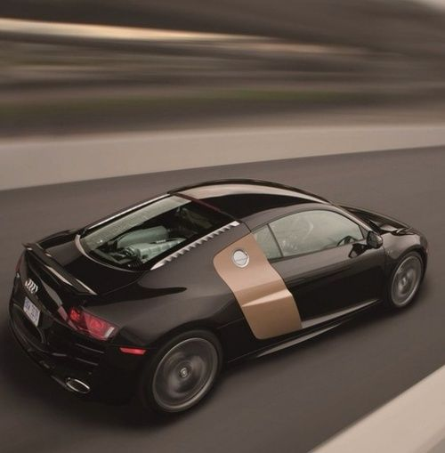 Exceptional R8 With Gold/bronze Side Blade. Awesome. Audi Sports CarAudi ...