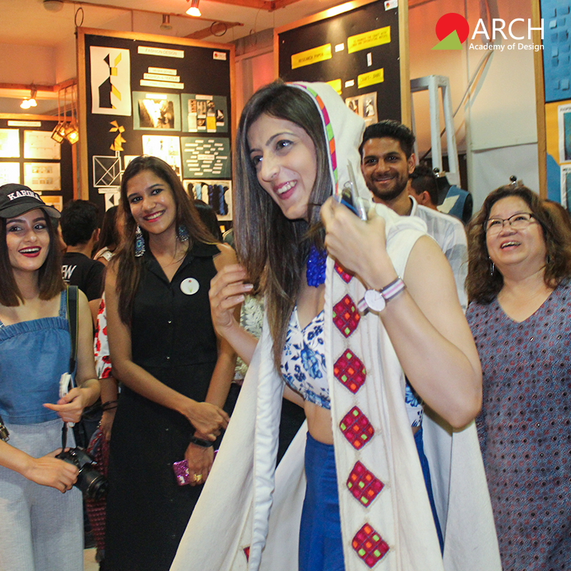 The Top Bloggers From Delhi Graced The Event At Arch S Jaipur Campus At The Bnb Bloggers Meet College Design Cool Designs Design Management