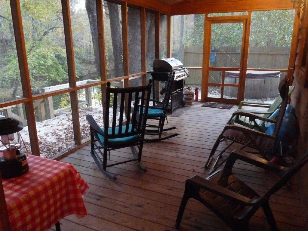 SOUTH CAROLINA MOUNTAINS Beautiful river cabin w/ screen