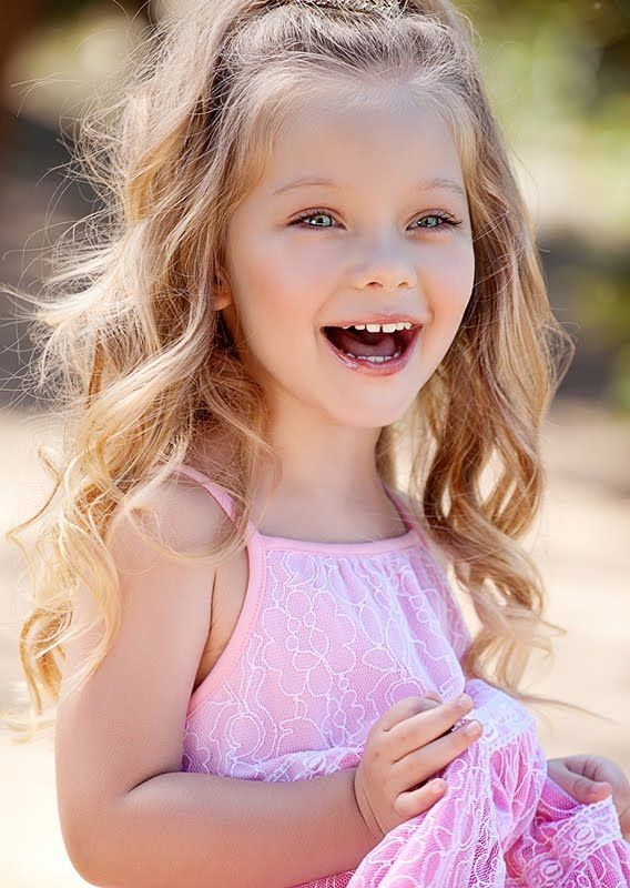 Wavy Blonde Haired Blue Eyed Little Girl Google Search