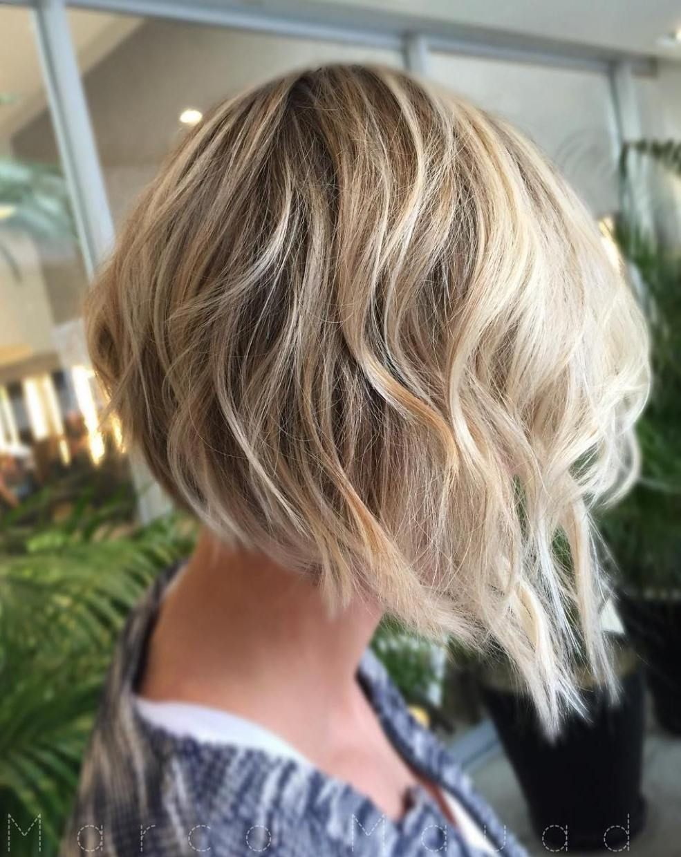 MindBlowing Short Hairstyles for Fine Hair Wavy angled bob