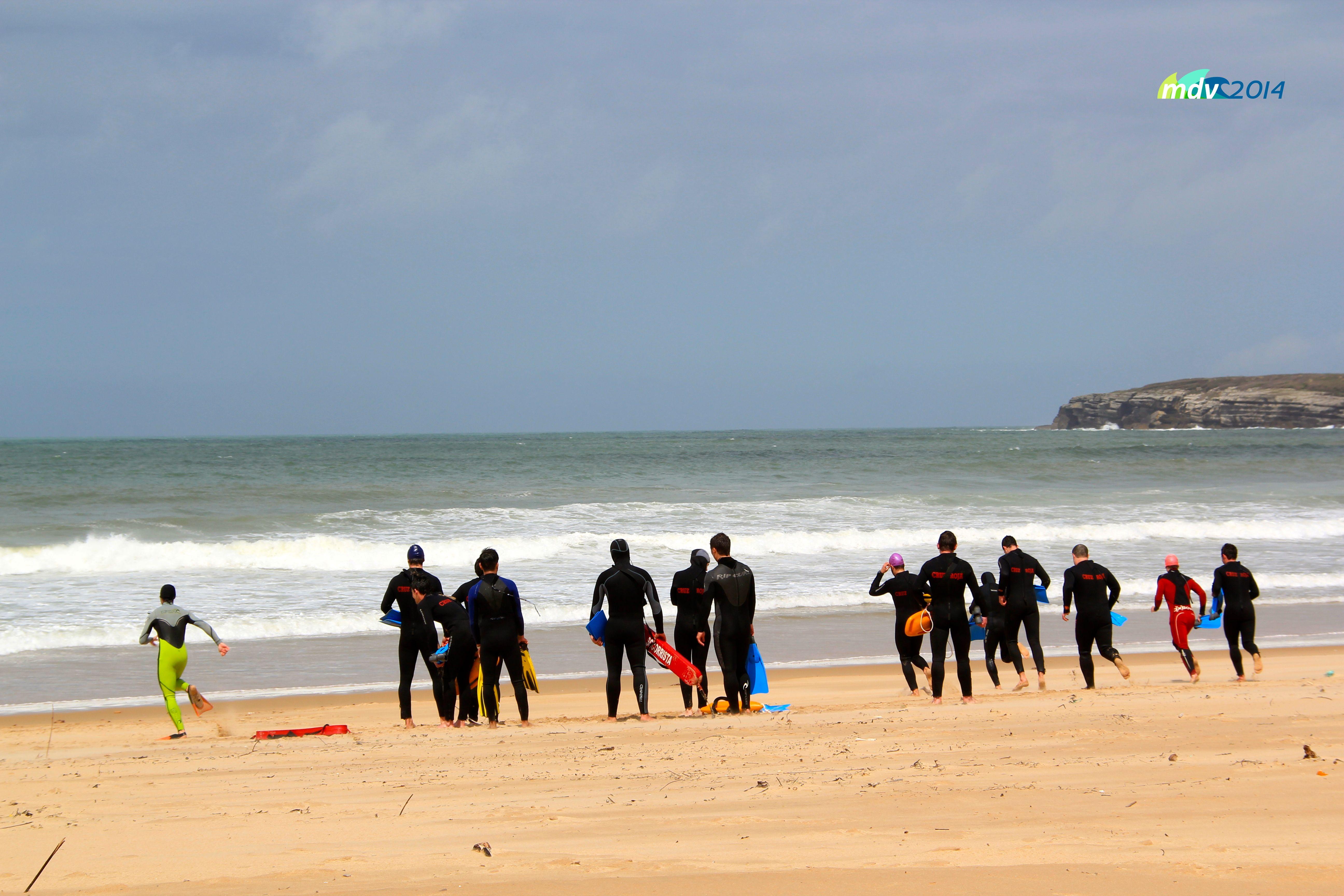 Preparandose para salvamento en playas