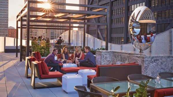 Deca Chicago   The Dec Rooftop Bar   Four Seasons Hotel Chicago