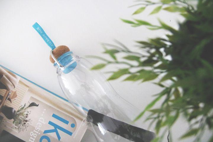 Eau good filtered water bottle charcoal filter active