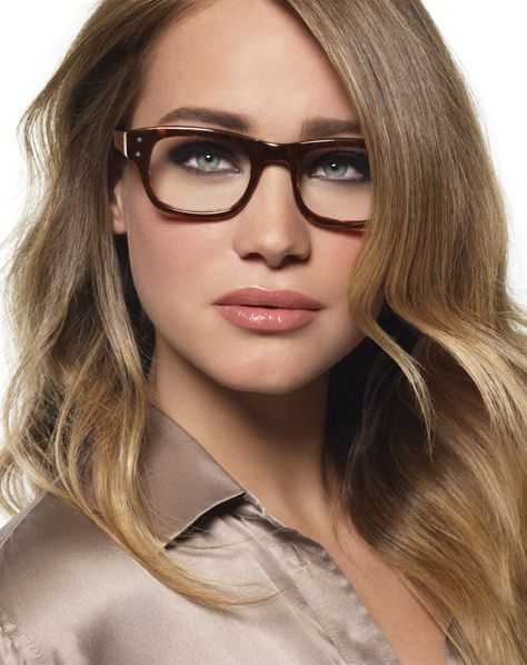 brows look Makeup tips for Women Wearing Eyeglasses Nice to know...  However, I don t know about you girls, but I can t see to put eye makeup on  if I don t ... 5a79c8532e27