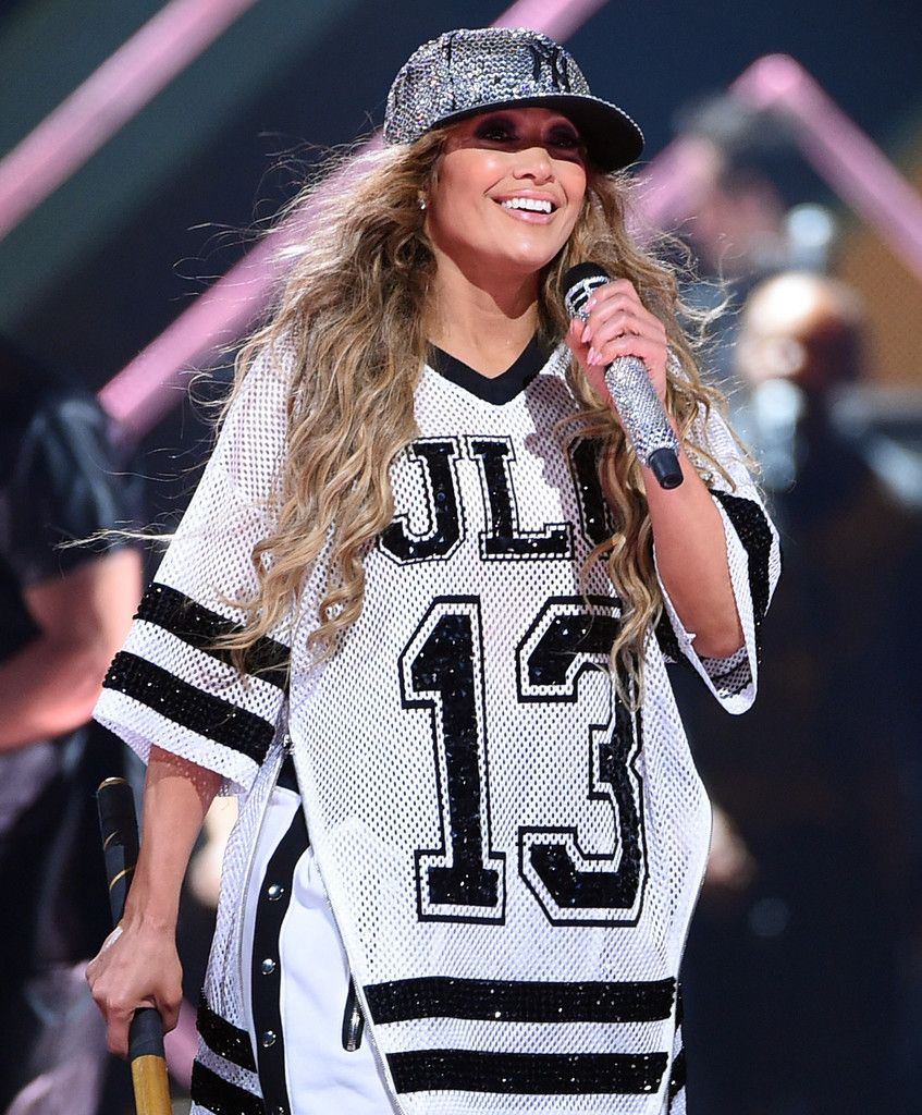 f36da105ca7e6c Jennifer Lopez Team Baseball Cap - Jennifer Lopez rocked a glammed-up New  York Yankees baseball cap at the 2018 DirecTV Now Super Saturday Night  concert.