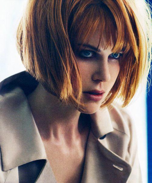 Nicole Kidman Con Bob Y Pelirroja Angled Bob Hairstyles Red Bob Hair Red Bob Haircut
