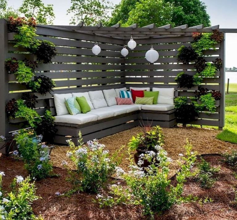 10 Easy and Cheap Privacy Fence Design Ideas Backyard