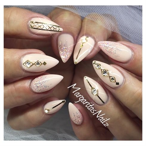 Nude gold beauty is in the nail pinterest nude gold prinsesfo Image collections