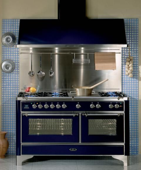 Majestic Um 150 60 Inch Range With Optional Hood And Backsplash Get In My Kitchen Now Vintage Stoves Retro Kitchen Retro Appliances
