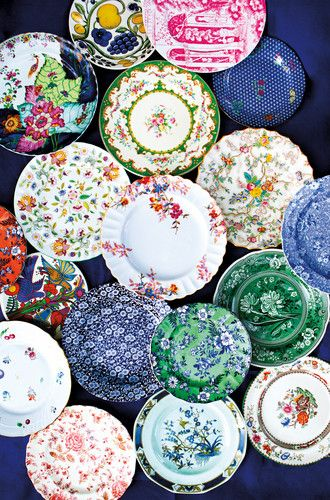 The Replacements Offer 425 000 Table Top Patterns Decor Holiday Tablescapes Vintage China