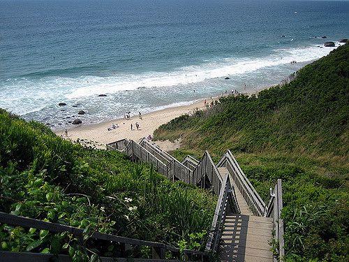 Travel | Rhode Island | Block Island | Rural Rhode Island | Mohegan Bluffs | New England