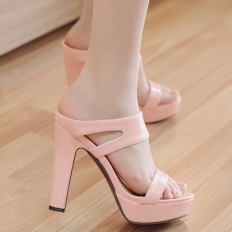 c544db7fd Sapato Alto Feminino com Platafomorma Diversas Cores Laço Katy Perry  Tendência Em Sapatos, Comprar Sapatos
