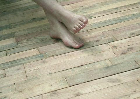Une terrasse bois en palettes Pallets, Decking and Woods - construire sa terrasse bois