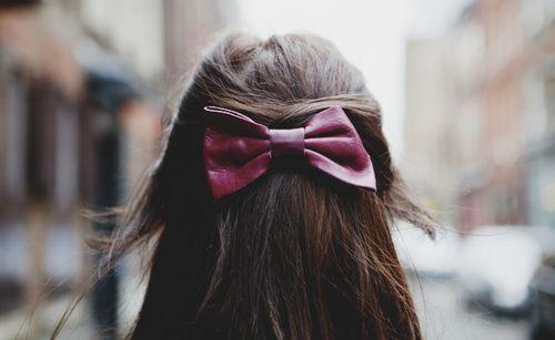 plum bow