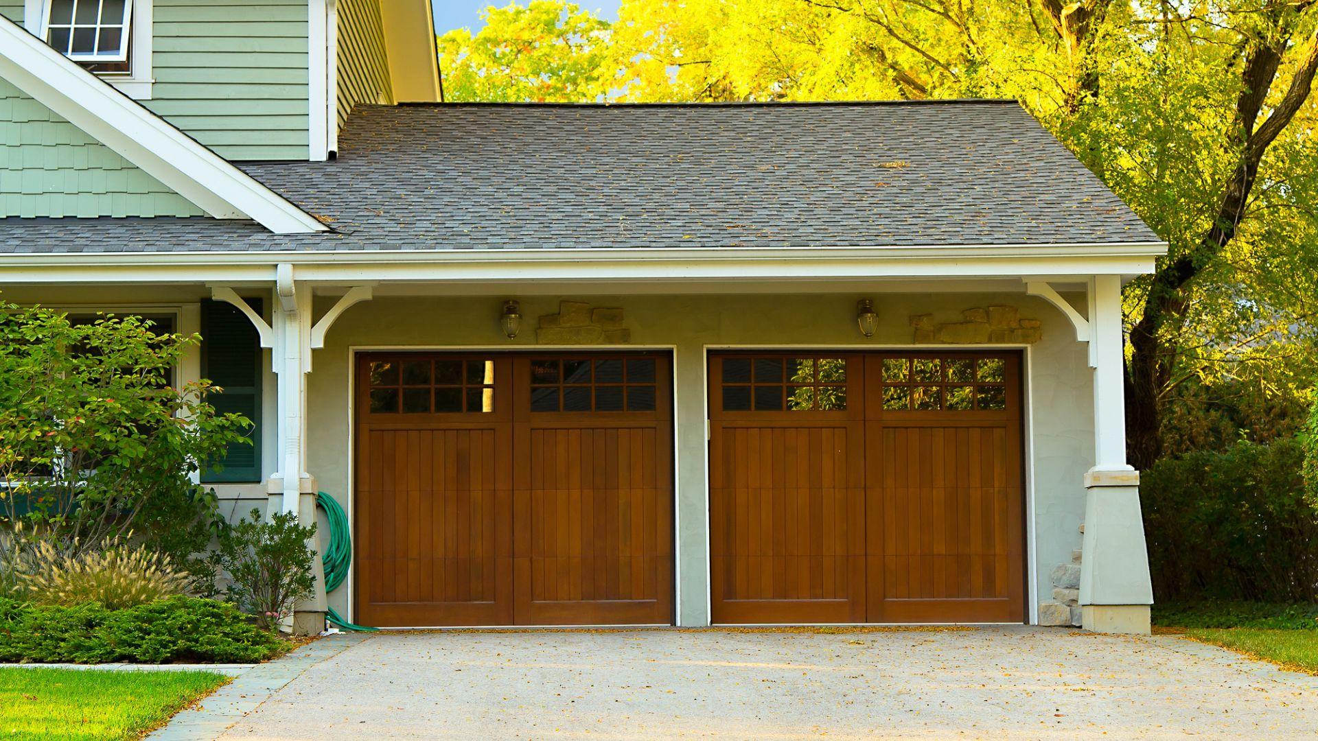 How To Lubricate Garage Door The Drive In 2020 Garage Doors Garage Door Design Modern Garage Doors