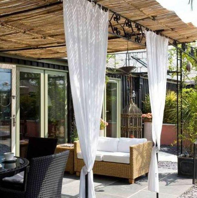 les voiles dombrage une manire esthtique et originale dembellir votre jardin - Voilage Exterieur Pour Terrasse