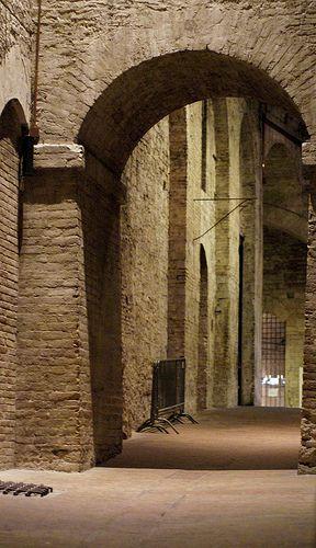Perugia, Rocca Paolina, im 16. Jh. zerstörte Bauen der