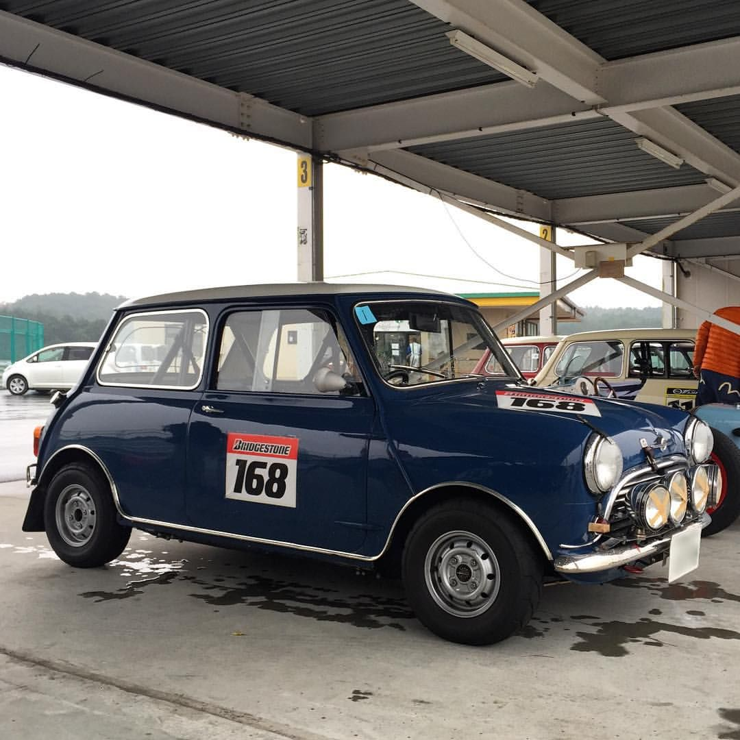 Nowadays I think steel wheels also I hope. This mini\'s also fog ...