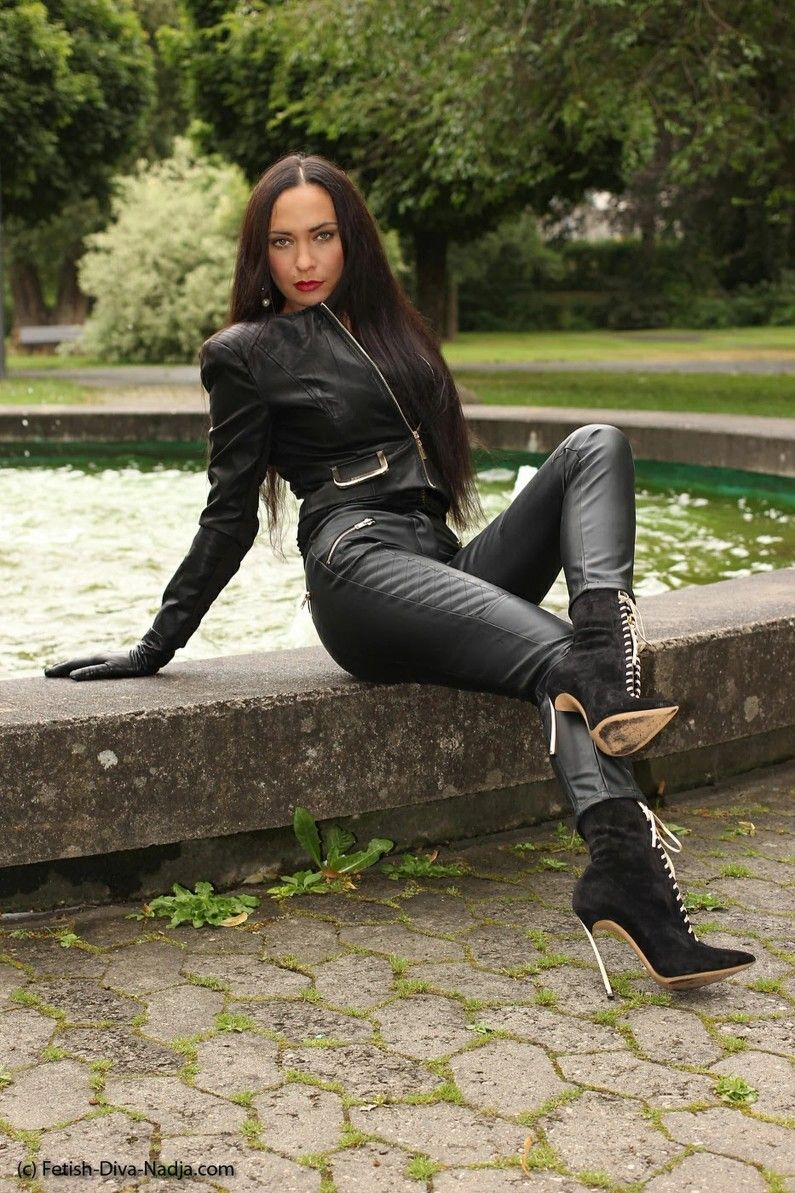 Pin van Leather Heather op Lederjeans u.Lederleggings❤ in