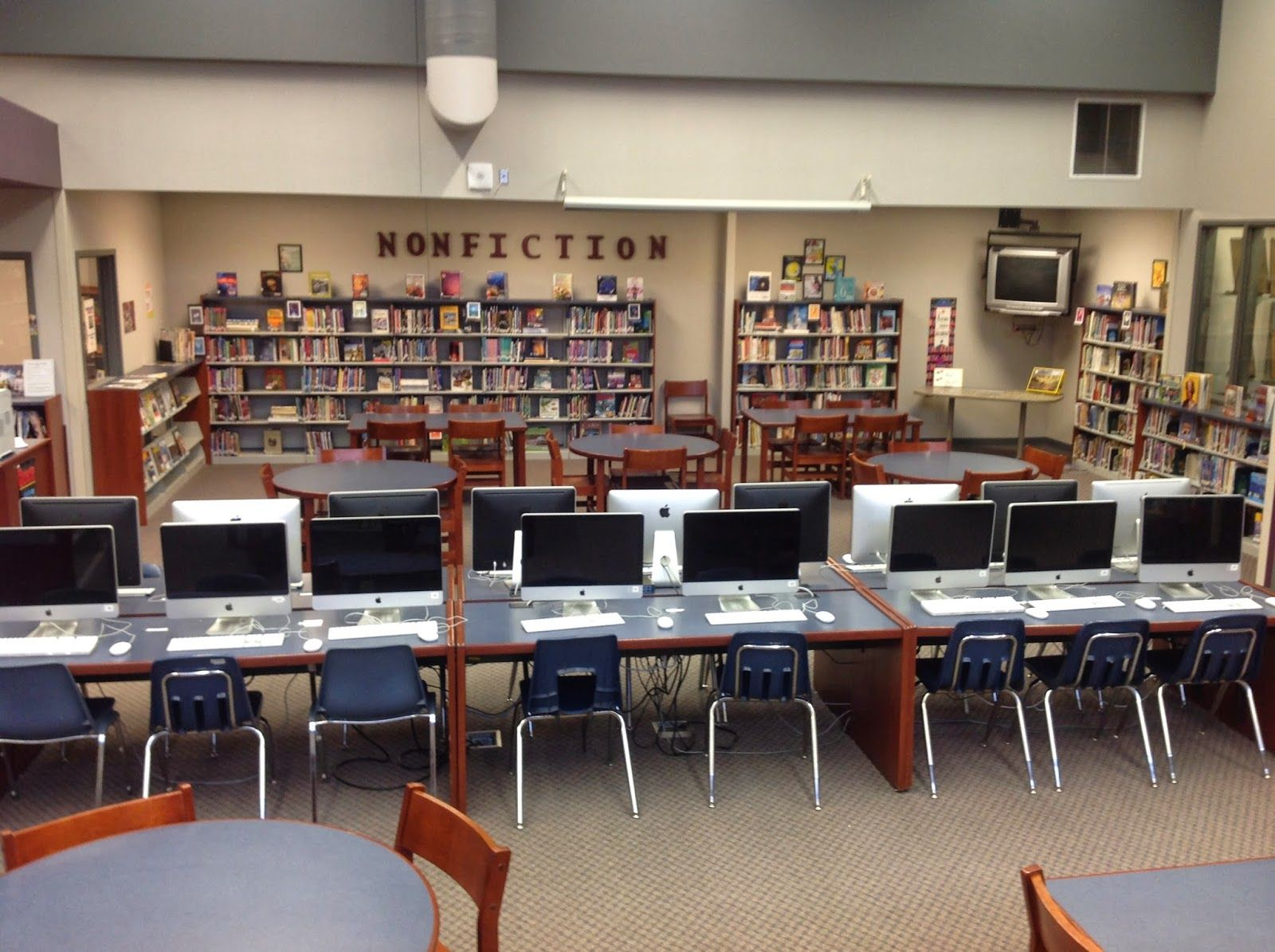 Dcg Middle School Library