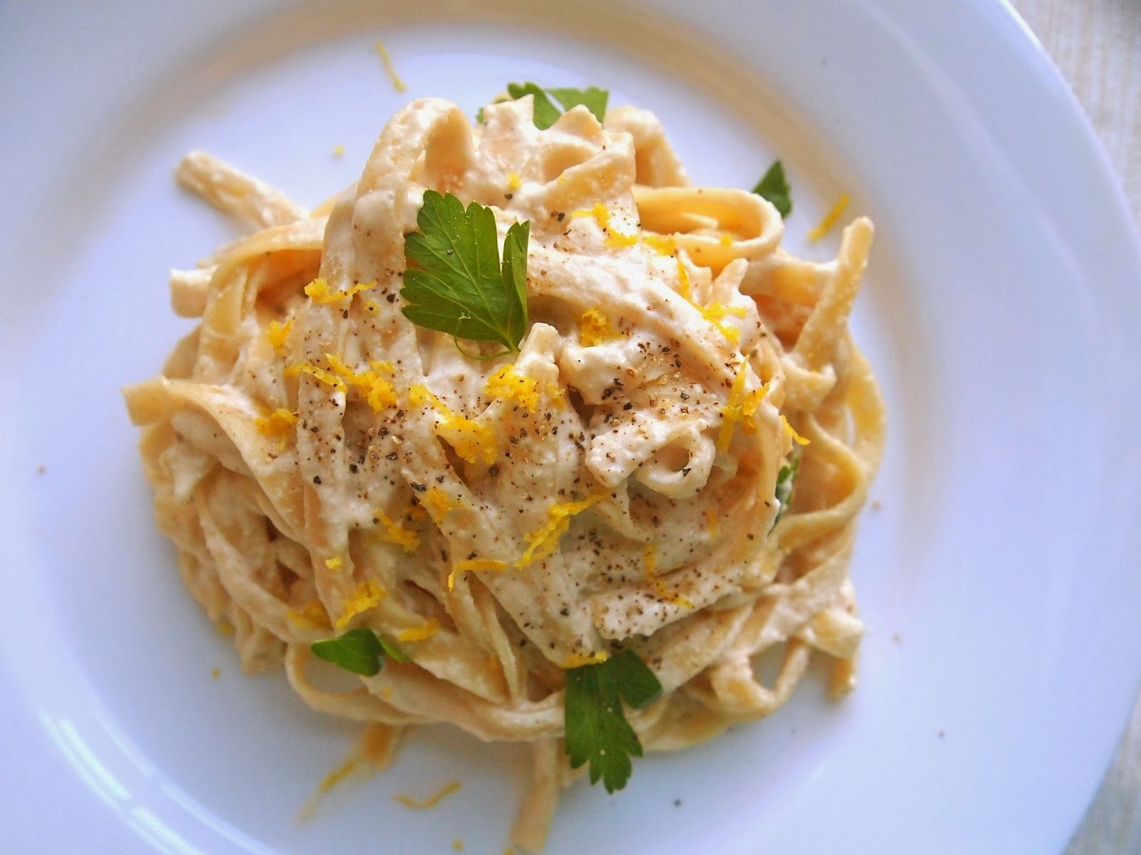 One-Handed Vegan Fettucini Alfredo | Michelle's tiny kitchen