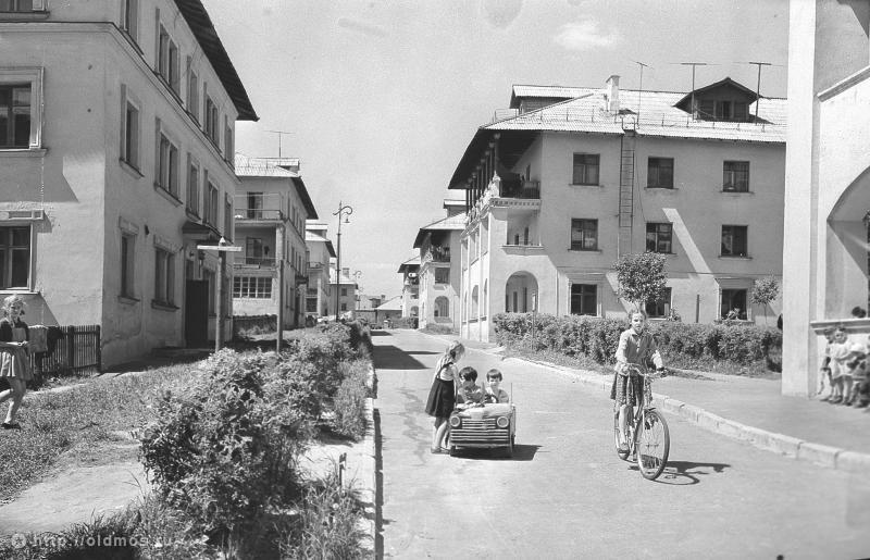 Фотография - Измайлово. Дети в квартале немецких домов ...