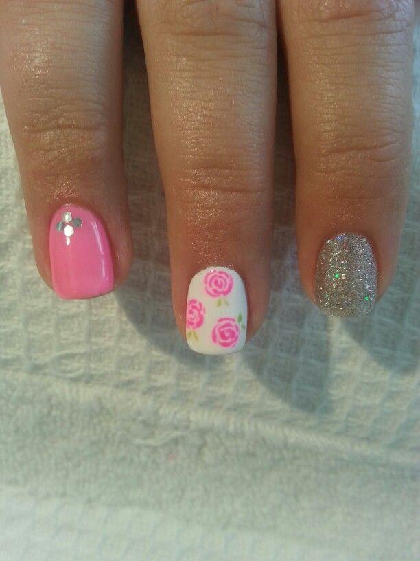 Roses. Gelish nail art | Nails♡. | Pinterest | Uñas lindas, Esmalte ...