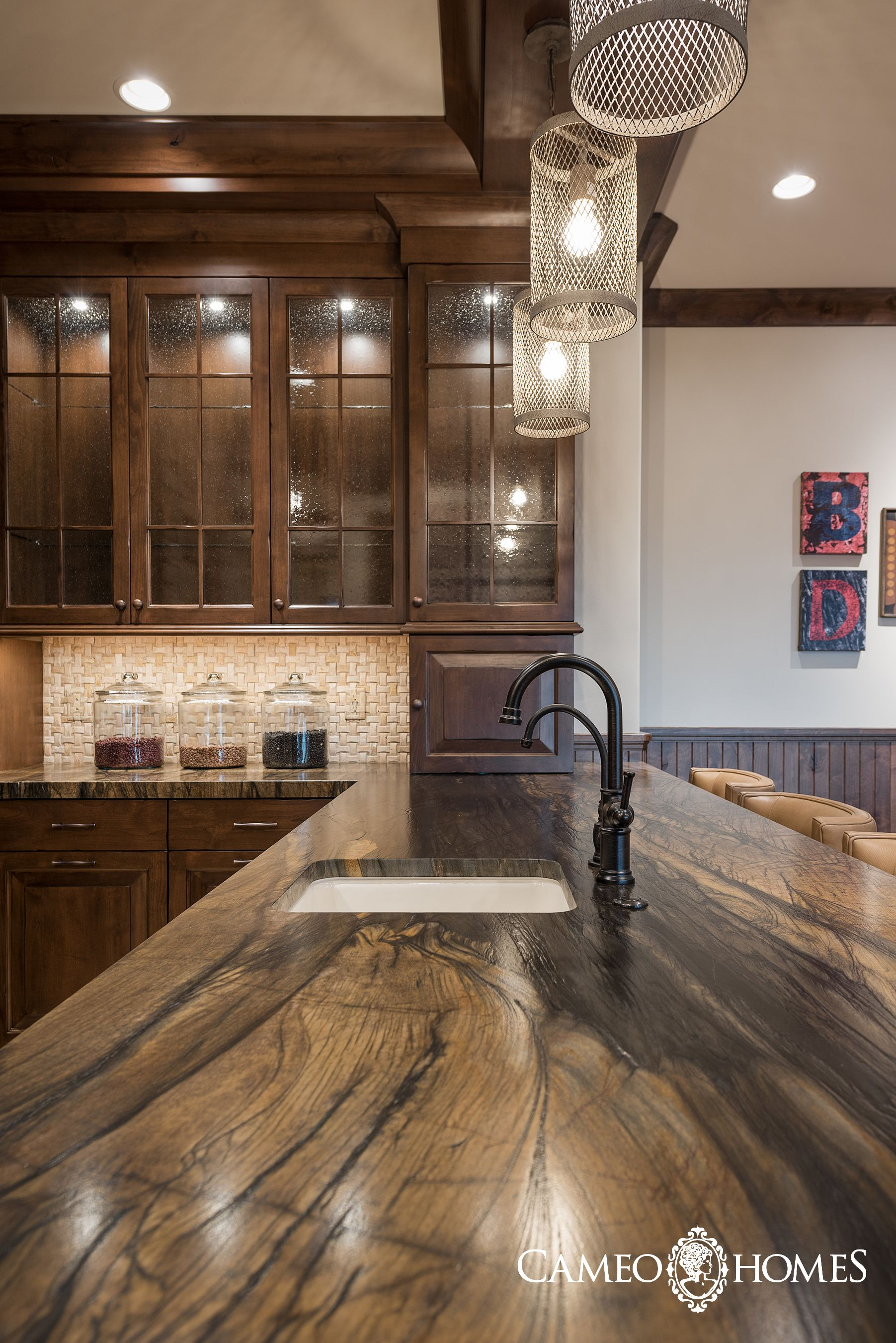 Best Beautiful Granite Counter Tops In This Basement Kitchen In 640 x 480