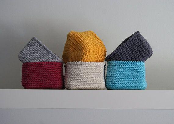 Crochet Square Basket. Crochet basket. Square basket. Storage basket. Cesta ganchillo. Cestino ucinetto. Häkeln Korb. Panier crochet.