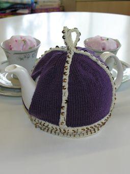 Crown Tea Cosy