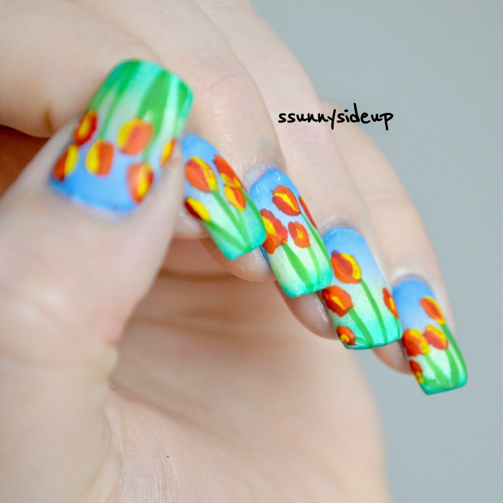 ssunnysideup: Handpainted abstract tulip nails with graadient done ...