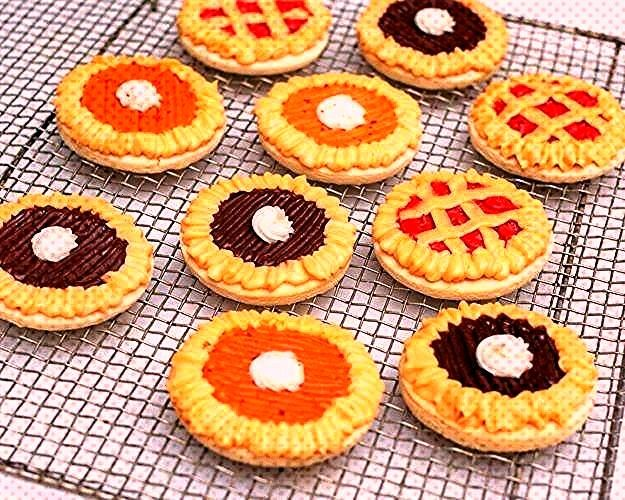 to Make Sugar Cookie Pies How to Make Sugar Cookie Pies | unique cookie recipes | thanksgiving them