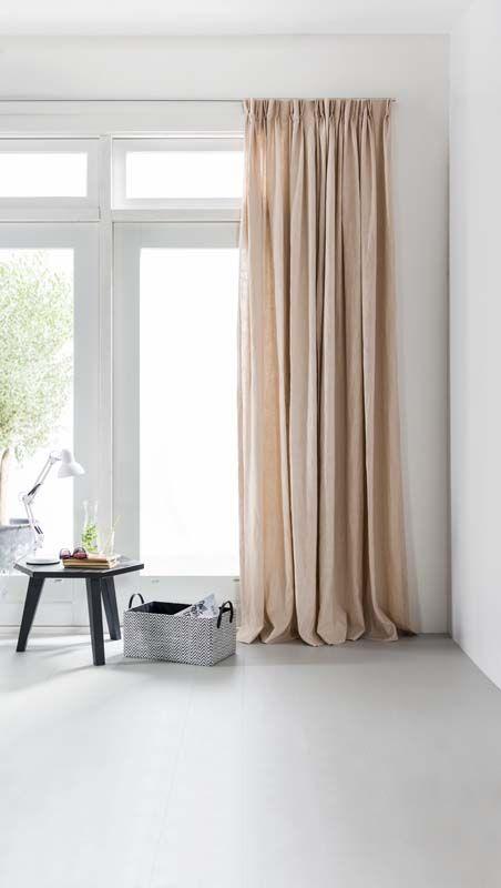karwei mooie raamdecoratie zorgt voor een warme sfeer in huis en deze zachtroze gordijnen maken de look van je kamer helemaal compleet