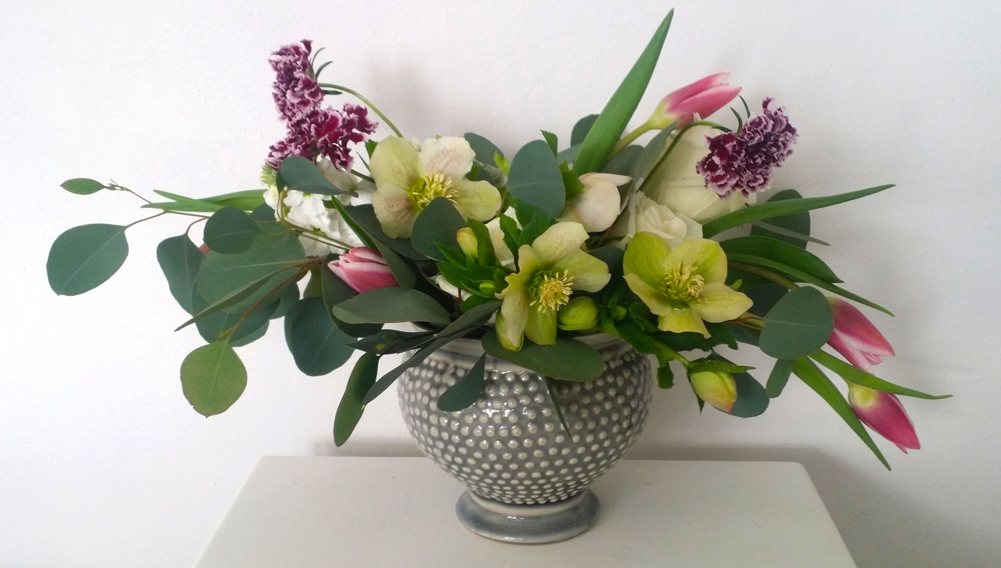 Join us for our seasonal arranging class with Snapdragon Studio STL! Class is March 19th, call to reserve your spot!
