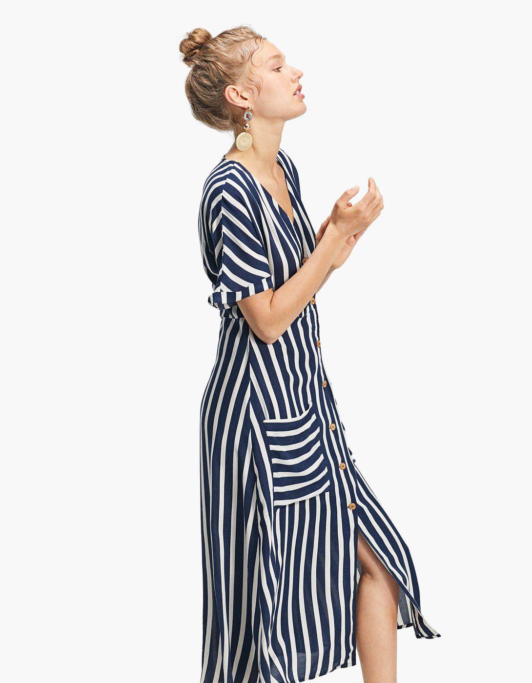 925a8ca77c5f Ριγέ φόρεμα σεμιζιέ με κουμπιά - Φορεματα | Stradivarius Greek ...
