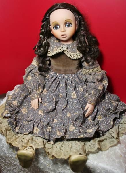"""Christine"" Salon 1850 Sekiguchi doll"