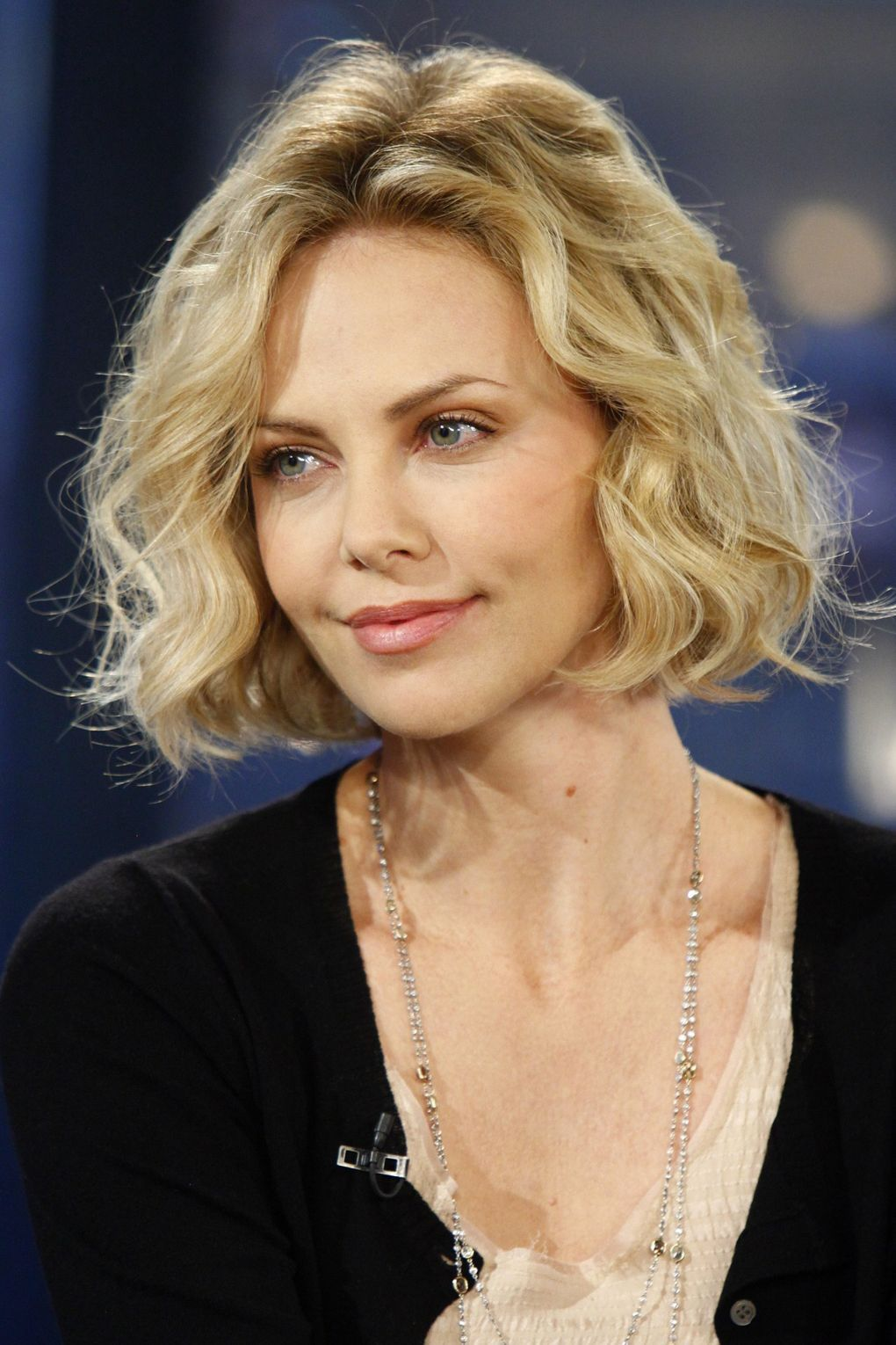 Charlize Theron: Hair Style File