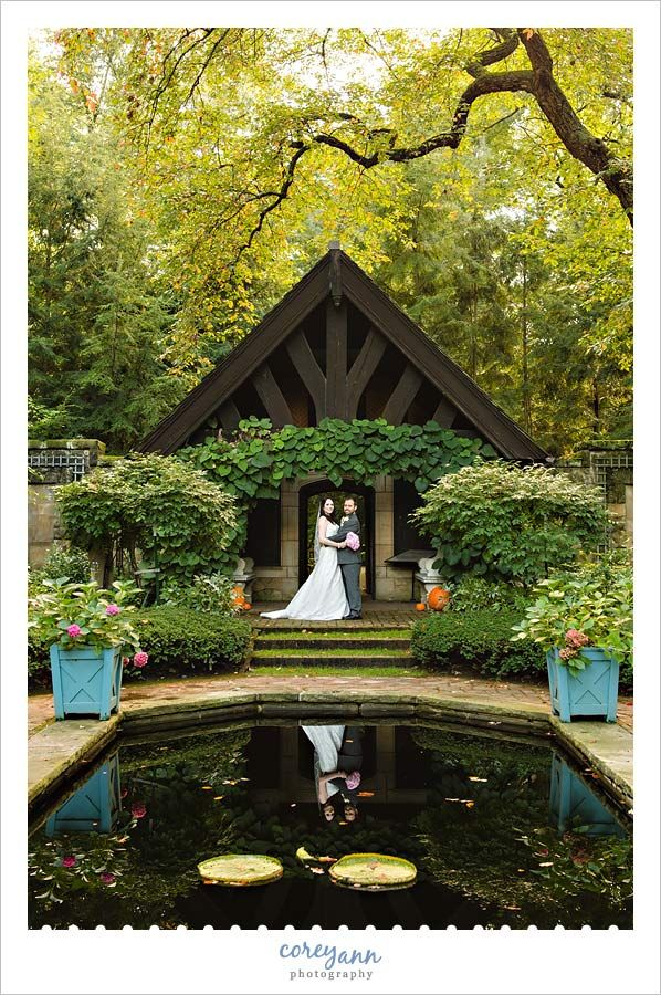 wedding picture locations akron ohio%0A Wedding portrait in the English Garden at Stan Hywet Hall  u     Gardens in Akron  Ohio