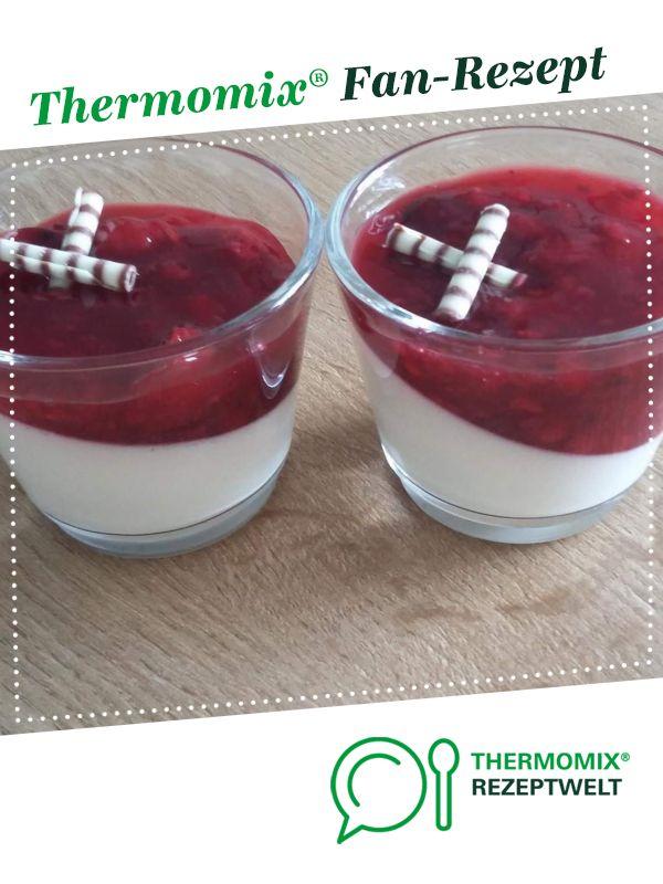 Photo of Panna cotta with red groats